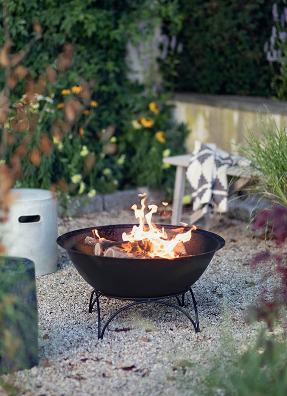 Fire Pits | for the porch, patio, and garden